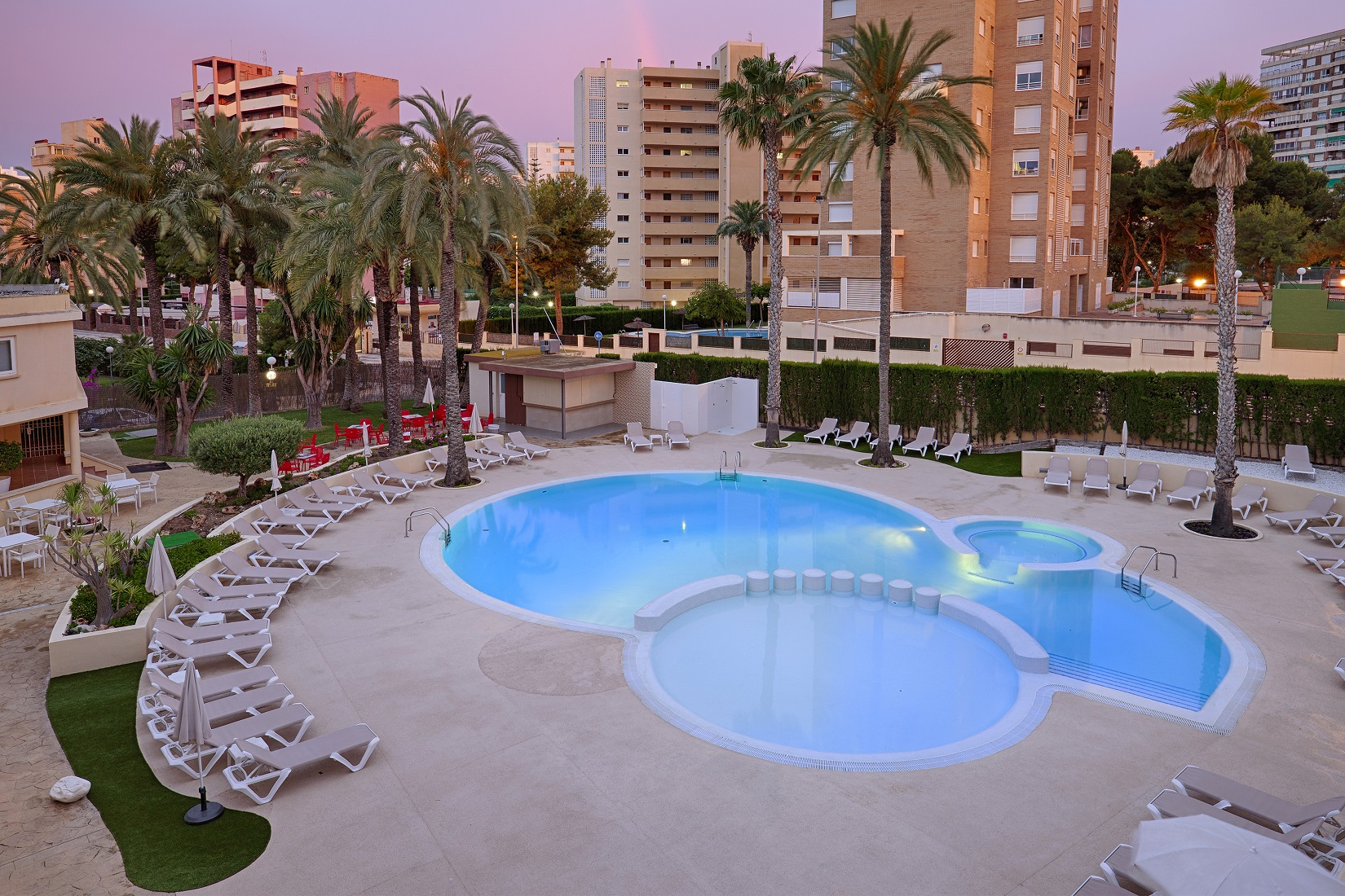 Port Alicante-Piscina.jpg